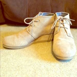 Toms wedge booties (little kid size)